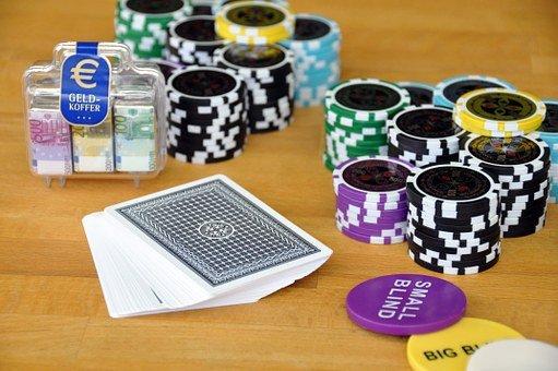 百家樂投注玩法看路-開局看牌